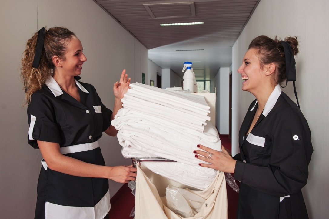 Tipping housekeepers: it makes a difference. But tipping varies between states. Should tipping etiquette?